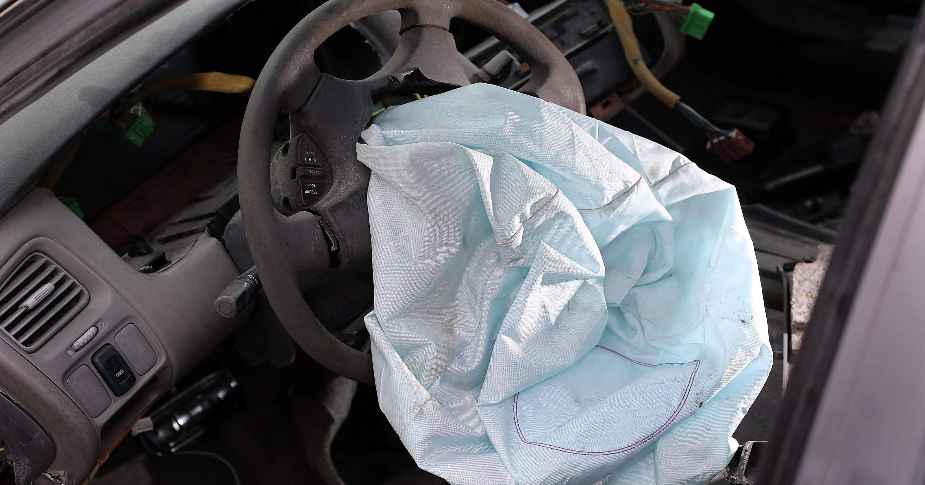 Automakers face class-action suit over faulty air bags