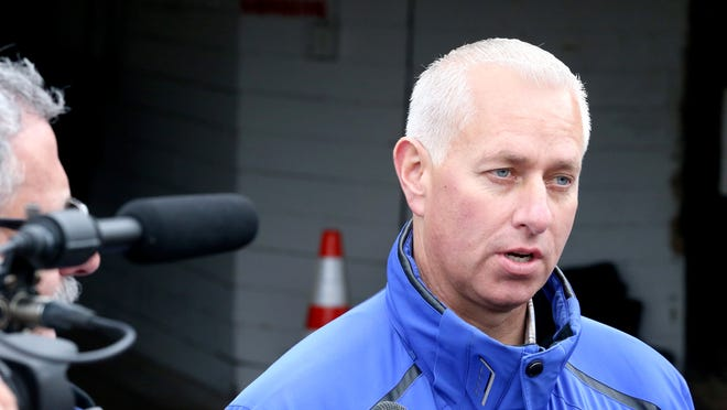 Trainer Todd Pletcher talks to reporters during Derby week 2014.