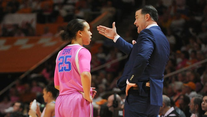 Feb 15, 2015; Knoxville, TN, USA; Kentucky Wildcats head coach Matthew Mitchell (R) talks to Kentucky Wildcats guard Makayla Epps (25) against the Tennessee Lady Volunteers at Thompson-Boling Arena. Mandatory Credit: Randy Sartin-USA TODAY Sports