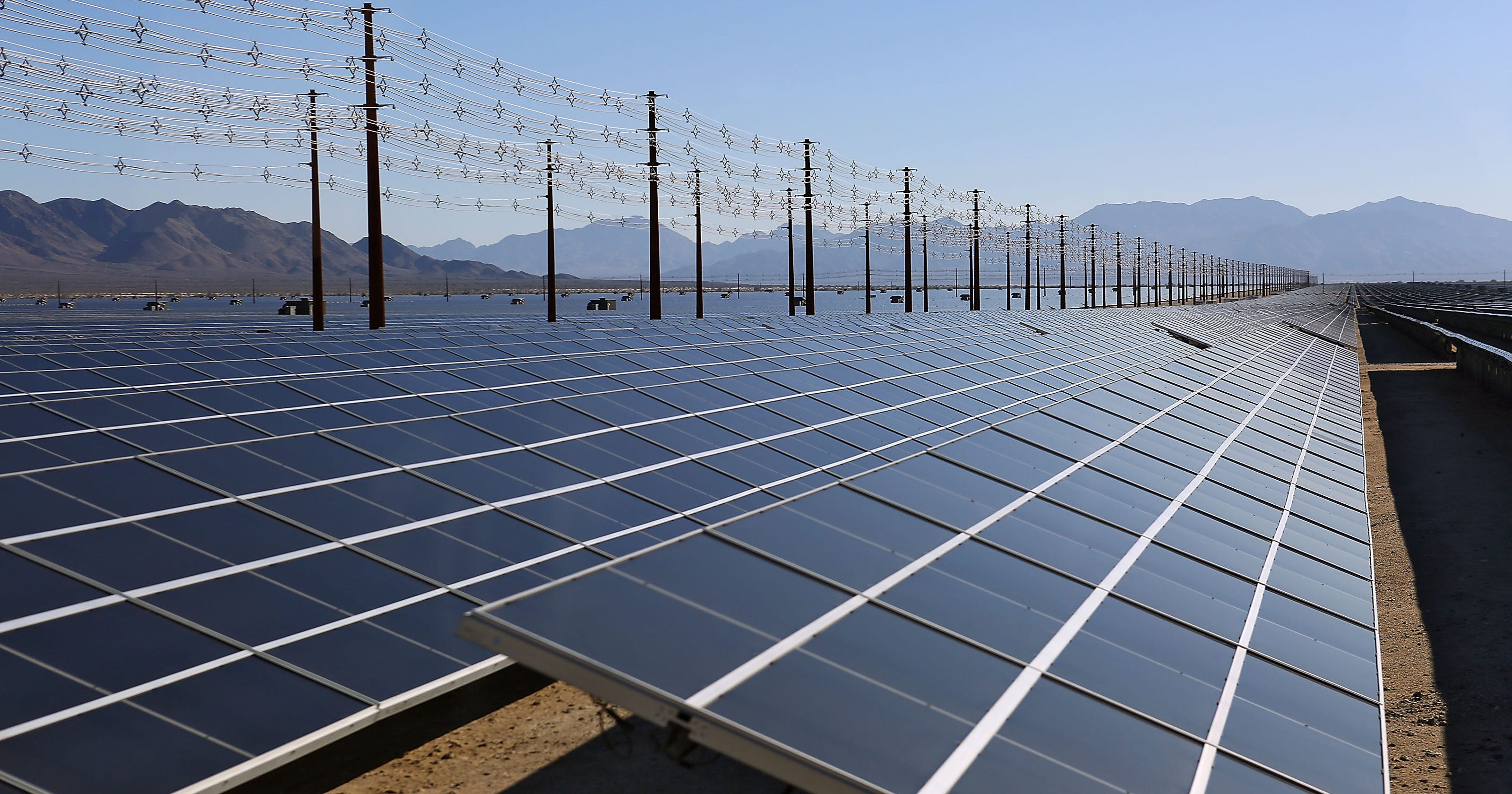 World S Largest Solar Plant Opens In California Desert