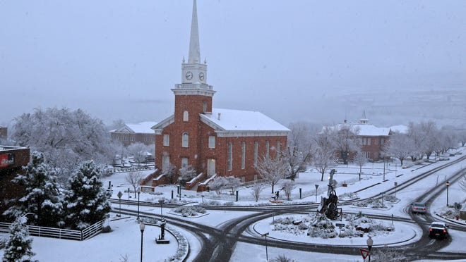 Snow falls on the St. George Tabernacle of The Church of Jesus Christ of Latter-day Saints in 2015.