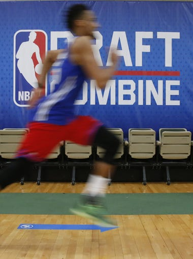 azcentral sports' Paul Coro takes another crack at projecting the first round selections for the June 25, 2015 NBA draft with his second mock daft. What changed?