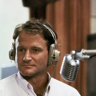 Adrian Cronauer, inspiration for Robin Williams' Good Morning, Vietnam' character, dies