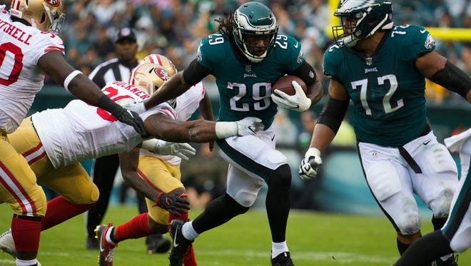 Running back LeGarrette Blount leads the Eagles with 504 yards rushing this season.