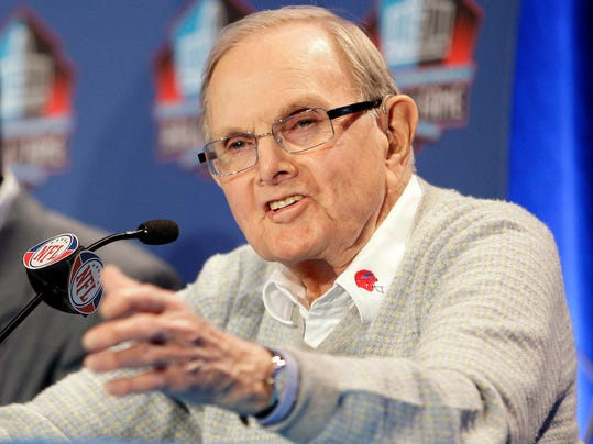 FILE - In this Jan. 31, 2009, file photo Buffalo Bills owner Ralph Wilson gestures during a news conference in Tampa, Fla. Bills owner Wilson Jr. has died at the age of 95 at his home in Grosse Pointe Shores, Mich. Bills president Russ Brandon made the announcement at the NFL winter meetings in Orlando, Fla., Tuesday, March 25, 2014. Wilson Jr. was one of the original founders of the American Football League and owned the Bills for the last 54 years. (AP Photo/Chris O'Meara, File)