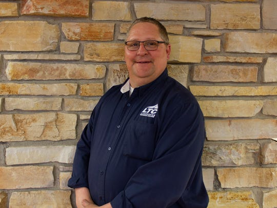 LTC Welding Instructor Dave Saunders received the Dale P. Parnell Distinguished Faculty designation.