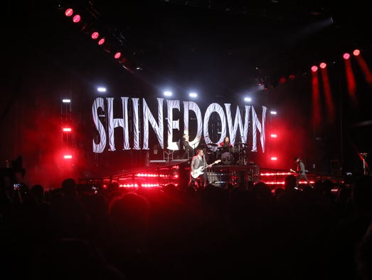 Shinedown headlines the 2016 Carnival of Madness concert