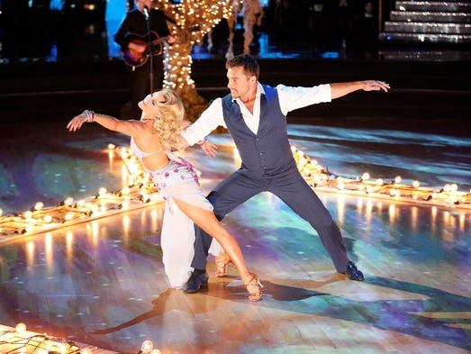 Witney Carson and Chris Soules dance during the fourth