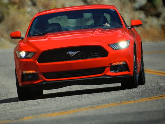 XXX 2015-MUSTANG-ECOBOOST-DRIVING-ANGELES-HWY-RED-004.JPG
