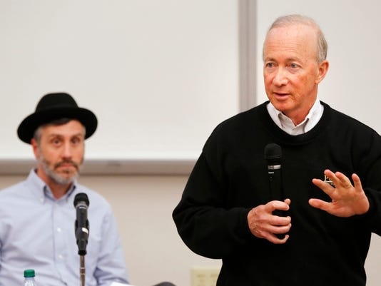 LAF Purdue faculty hold special meeting to discuss Kaplan