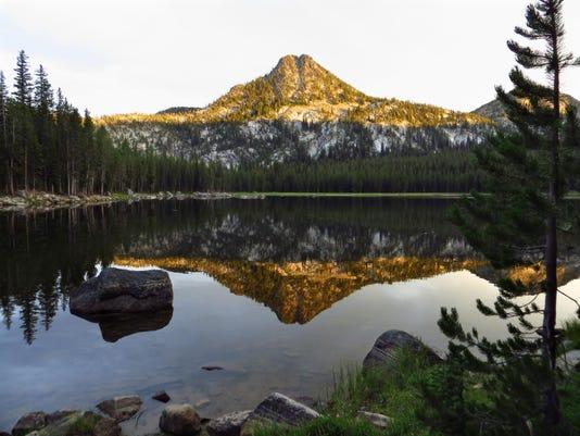 Anthony Lake Sunset & Gunsight Butte2