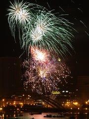Jg 070406 Fireworks Metro 1.jpg