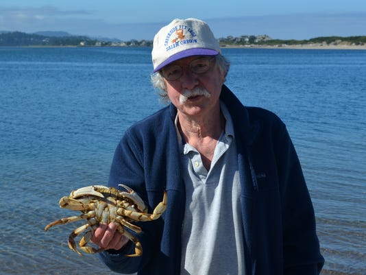 636360571192682652-Henry-with-undersize-crab.JPG