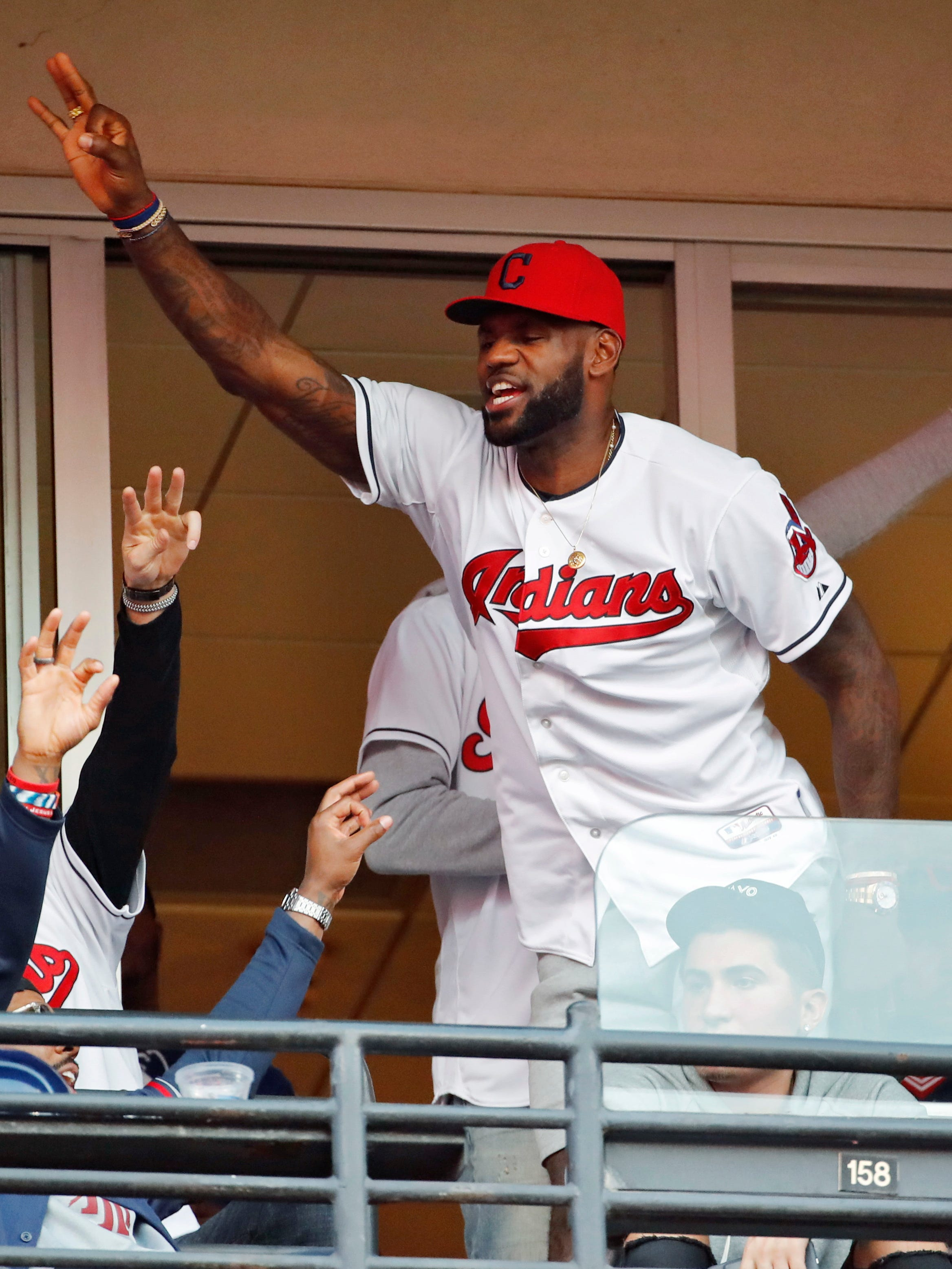 LeBron to wear Cubs uniform Friday after losing World Series bet ...