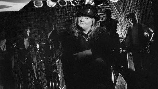 Mary Lou Magee-Kern, 49, was the lead singer for R&B and blues band Mary Lou & the Untouchables and died Thursday at the University of Maryland Medical Center in Baltimore.