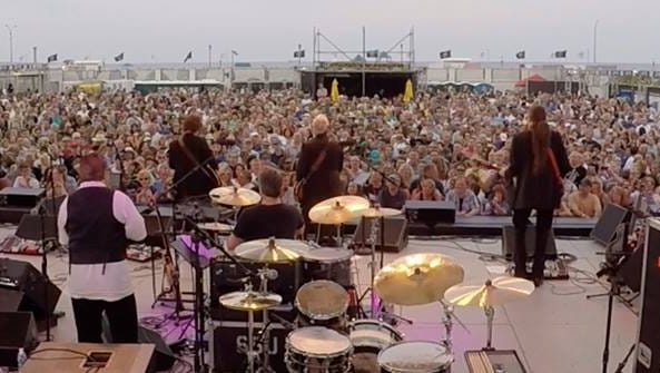 Max Weinberg drums with the Weeklings at the Stone Pony Summer Stage.