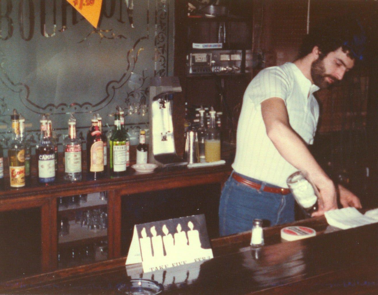 St paul shemale club bar
