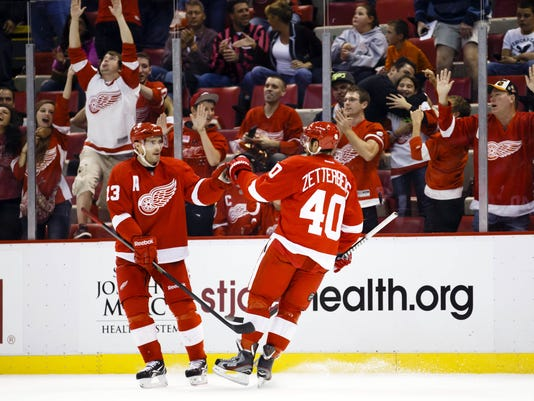 NHL: Philadelphia Flyers at Detroit Red Wings
