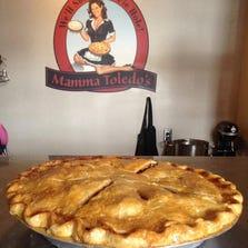 Traditional Apple Pie at Mamma Toledo's.