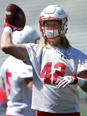 Wisconsin outside linebacker Andrew Van Ginkel is a junior college transfer.
