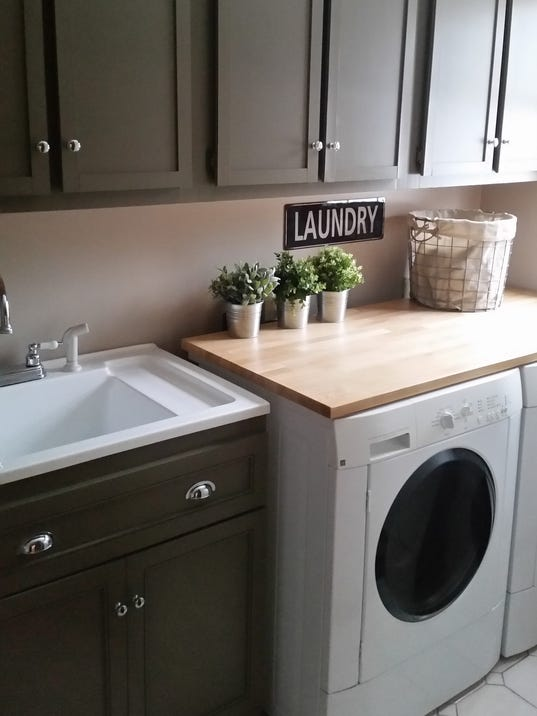 Cheap tricks make for budget friendly laundry room redo for How to redo your room for cheap