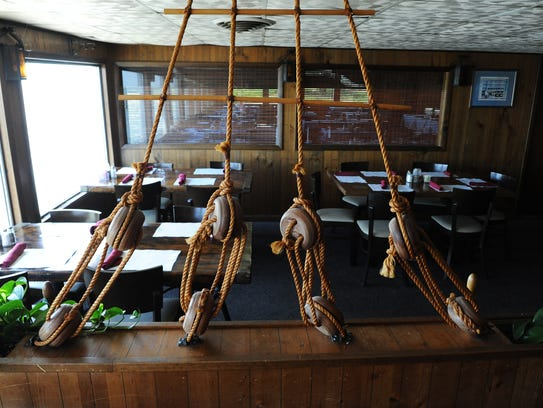 Ornamental ship's rigging in a dining room at Wright's