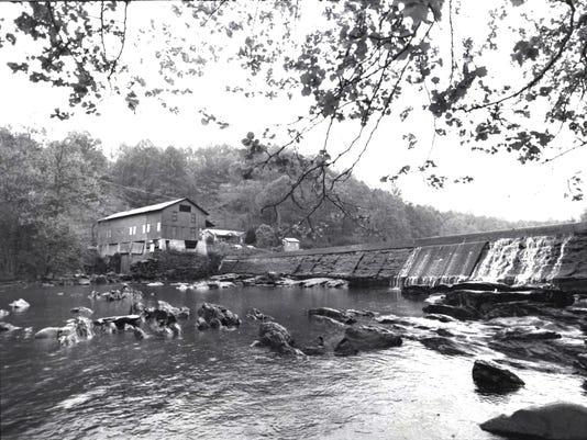Dillsboro-powerhouse-1985.jpg