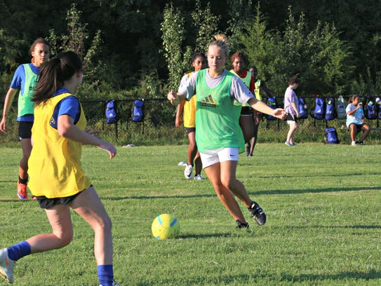 La Vergne's girls soccer team practices in preparation