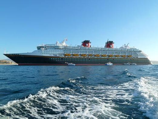 Disney Cruise Line's Disney Wonder was built in 1999 and measures 83,308 gross tons. The 964-by-106 foot ship has a double occupancy capacity of 1,750 guests and, with all berths filled, can accommodate 2,400.