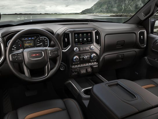 2019-GMC-Sierra-AT4-028