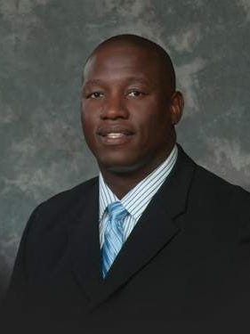 Tulare Mayor Carlton Jones.