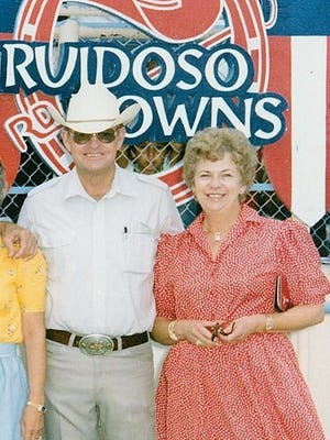 John and Sue May are among an impressive 2016 class to be inducted into the Ruidoso Downs' Racehorse Hall of Fame  June 24.