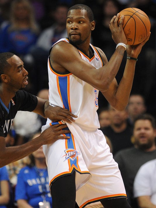 f46b31732cf Kevin Durant powers Thunder past Kevin Love-less T wolves