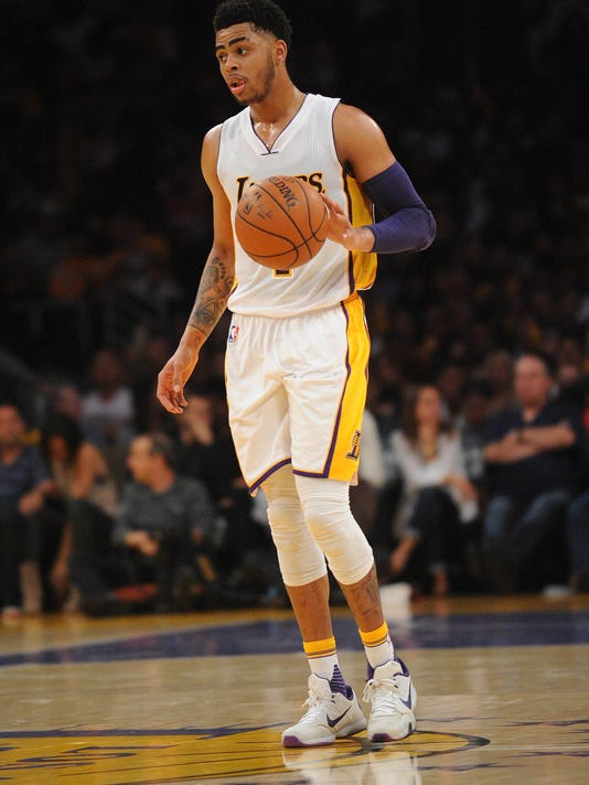 2016-03-30-deangelo-russell-lakers