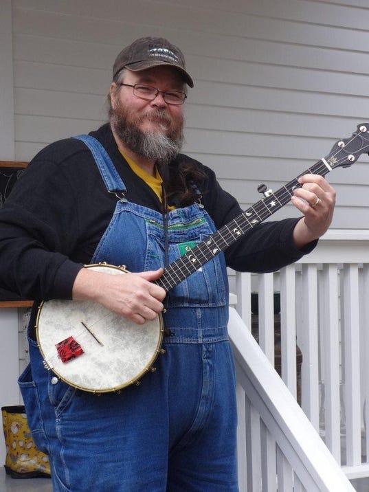 Riley-Baugus-musician-Currie-170122.jpg