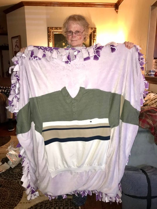 Grandma surprised with blanket for chemo
