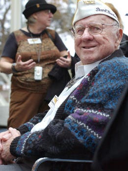 Harry Simoneaux, a Pearl Harbor Survivor, at a ceremony in 2006.