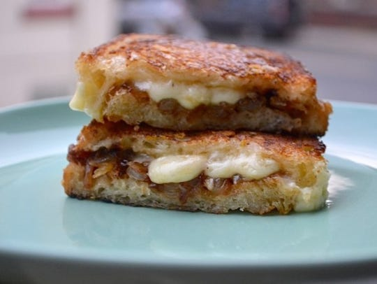 Ultimate French Onion Soup Grilled Cheese sandwich.