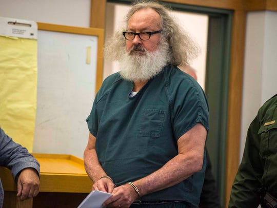 Randy Quaid appears in Vermont Superior Court in St.