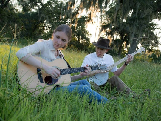 Husband and wife duo Ordinary Elephant will perform at the Rock House in Reeds Spring on Feb. 9.