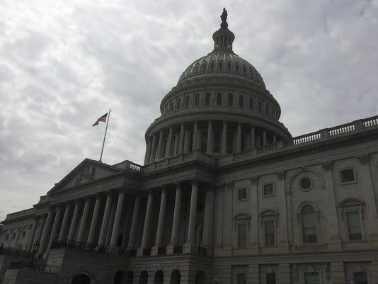 Texas-Tribune-Gloomy-DC-Capitol.jpg
