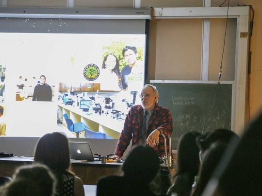 The University of Guam Society of Emeritus Professors and Retired Scholars (SEPRS) has recognized a longtime Professor of Biology Dr. Christopher Lobban as a new member.Lobban's specialties include science education, microscopy and biodiversity of microbial eukaryotes.