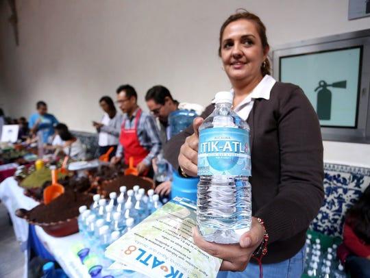 El consumo del agua alcalina por largos periodos de