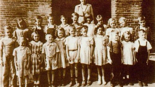032708-sub-Park-School-1947.jpg