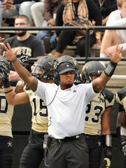 Vanderbilt graduate assistant coach Chris Marve, a