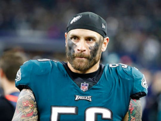 Eagles defensive end Chris Long.