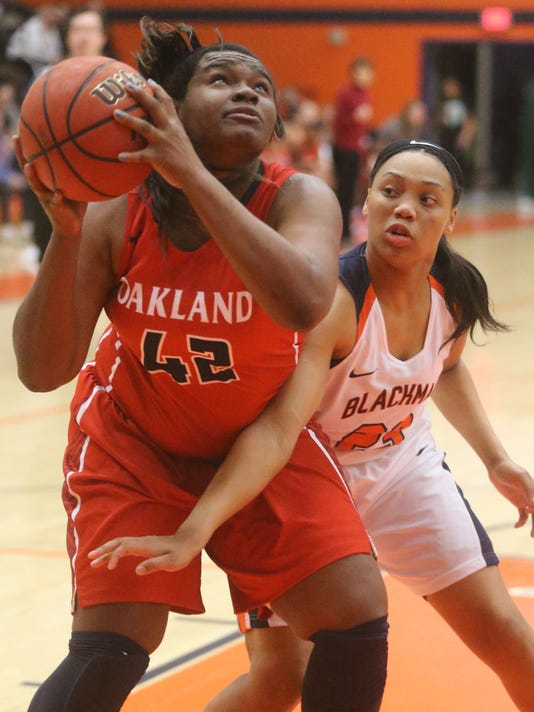 636208197072490999-05-girls-blackman-vs-Oakland.JPG
