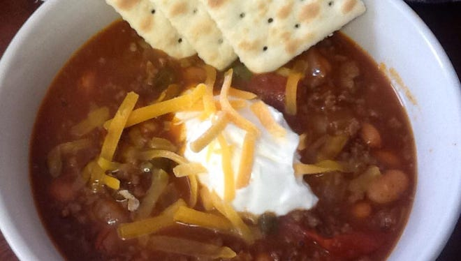You're probably craving this rather than a bowl of lettuce, right? Readers are asked to name favorite places to get comfort food, like chili, in Fox Cities.