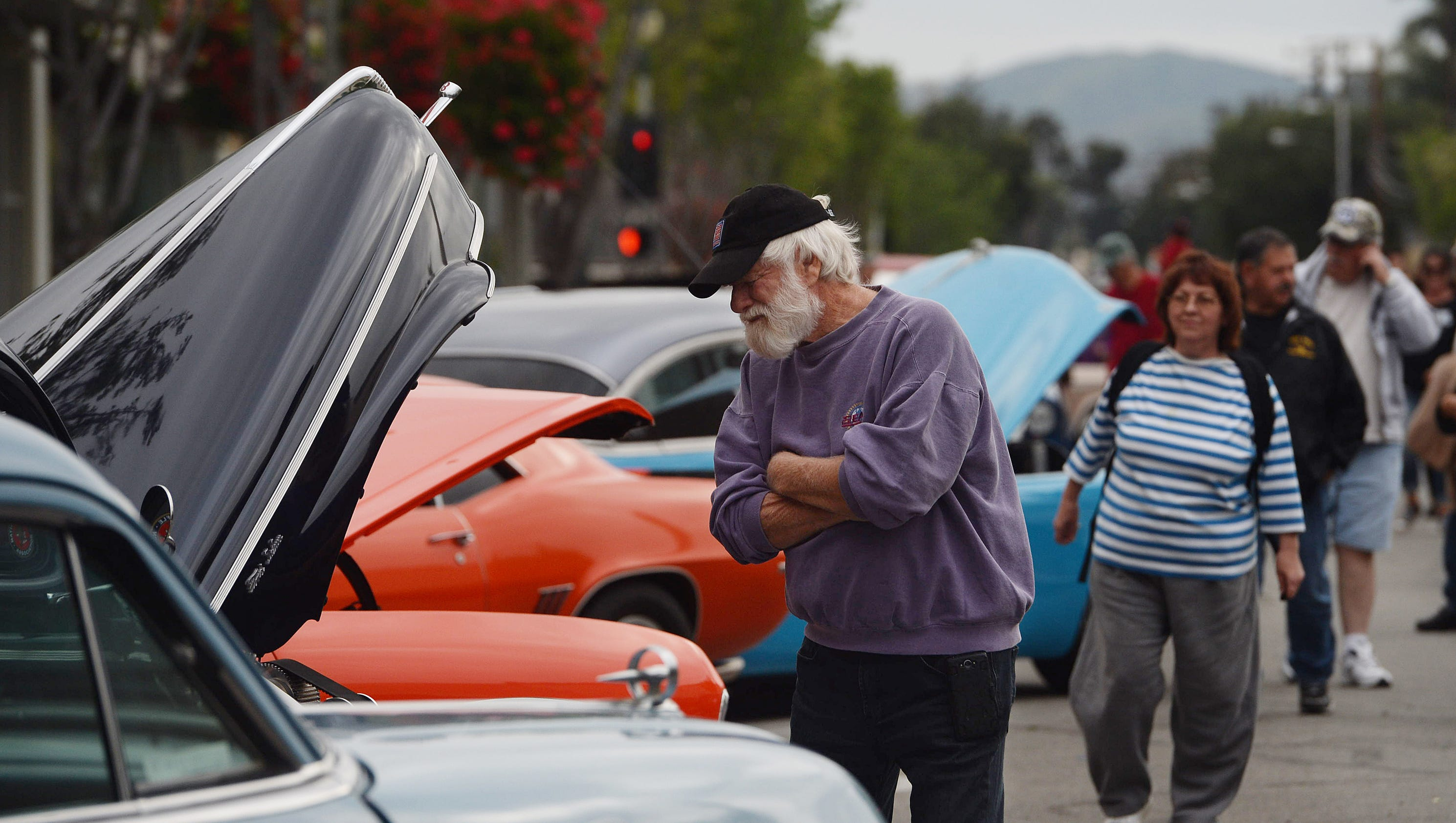 santa paula chat Mingle2 is the place to meet santa paula singles there are thousands of men and women looking for love or friendship in santa paula, california our free online dating site & mobile apps are full of single women and men in santa paula looking for serious relationships, a little online flirtation, or new friends to go out with.