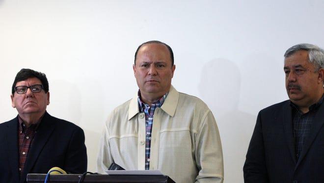 "Chihuahua Gov. César Duarte Jáquez, center, discusses the transfer of Joaquin ""El Chapo"" Guzman to Cefereso No. 9 federal prison outside Juárez during a news conference in May 2016."